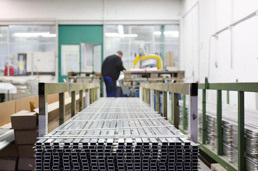 Produktion Roxxane-Leuchtenserie